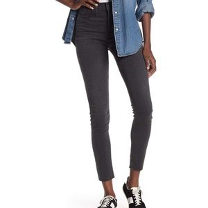 """Madewell 9"""" Mid Rise Washed Black Skinny Jeans"""